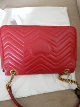 Load image into Gallery viewer, Gucci Marmont Matelasse Flap