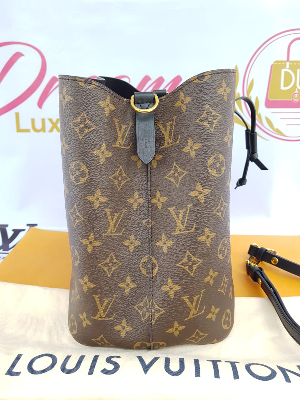 Authentic Louis Vuitton Neo Neo tote bucket black in noir