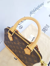 Load image into Gallery viewer, Authentic Louis Vuitton cebu