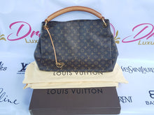 Load image into Gallery viewer, Authentic Louis Vuitton Artsy Gm in Monogram