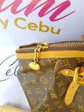 Load image into Gallery viewer, Authentic Louis Vuitton Tivoli gm monogram pawn online