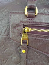 Load image into Gallery viewer, Authentic Louis Vuitton Lumineuse pm dream