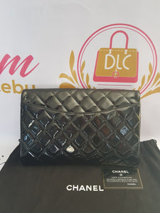 Authentic Chanel jumbo clutch black patent in silver hardware series 17 price