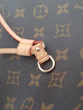 Load image into Gallery viewer, Louis Vuitton Neverfull Monogram Limited Edition mm size