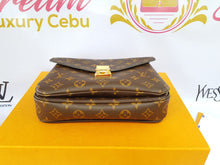 Load image into Gallery viewer, Authentic Louis Vuitton metis monogram pawn online