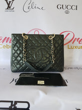 Load image into Gallery viewer, Authentic Chanel Gst Caviar