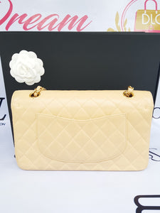 Authentic Chanel classic double flap medium in caviar leather Gold hardware consignment