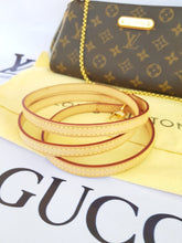 Load image into Gallery viewer, Authentic Louis Vuitton Eva Clutch Monogram pawn online