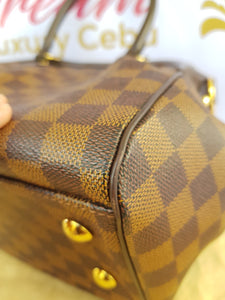 Authentic Louis Vuitton Trevi pm Damier Ebene pawn online