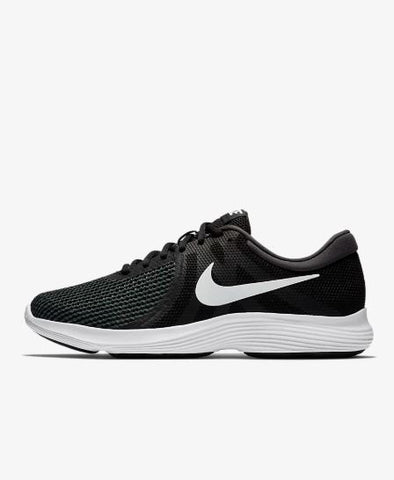Womens Nike Quest