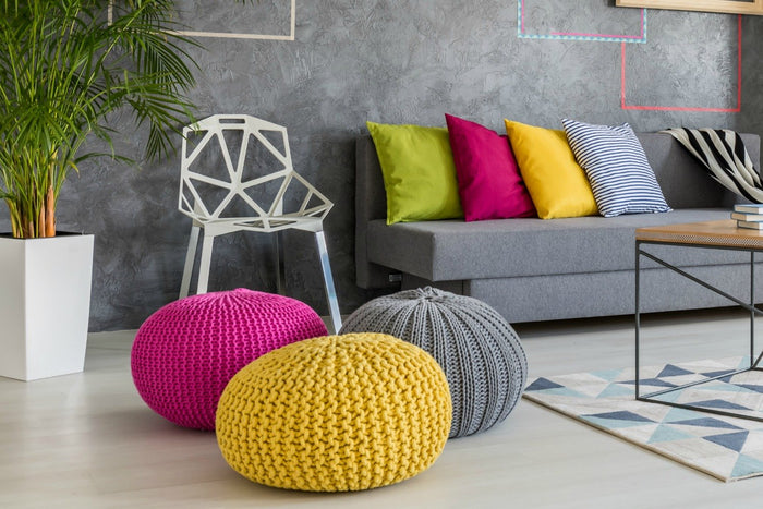 How To Mix Colors With Throw Pillows Like a Professional