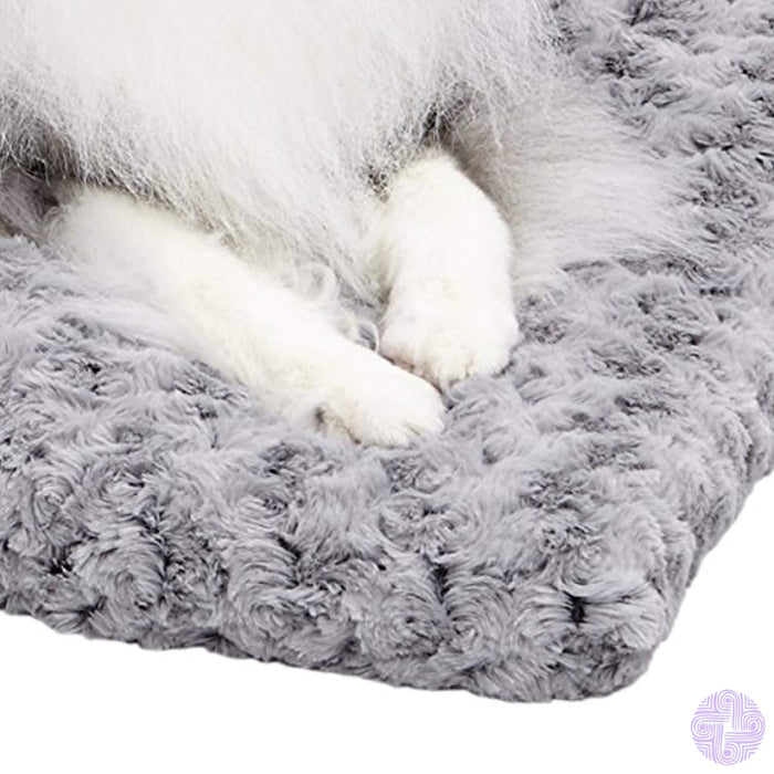 Midwest Homes For Pets Deluxe Pet Beds | Super Plush Dog & Cat