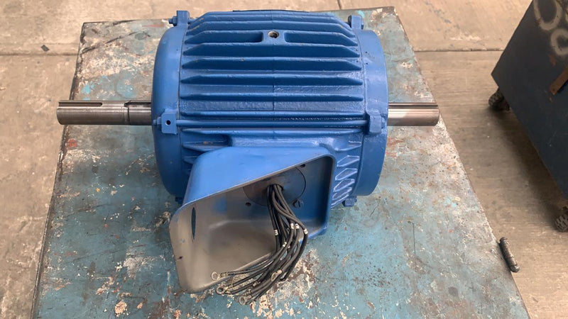 Motor de Corriente Alterna 7.5 HP Sterling BY754FGF2U3