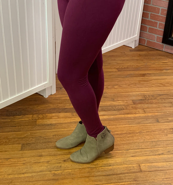 Wine Buttery Soft Leggings (one size)