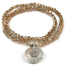Load image into Gallery viewer, Kristall Armband mit Silber Lotus, doppelt - gold