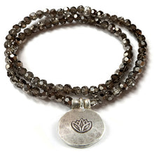 Load image into Gallery viewer, Kristall Armband mit Silber Lotus, doppelt - smoke
