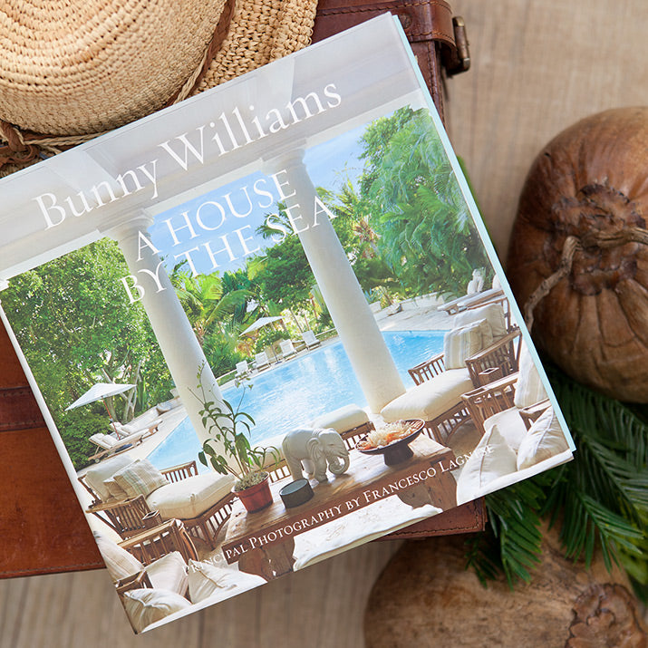 Cover of Bunny Williams' book A House By The Sea