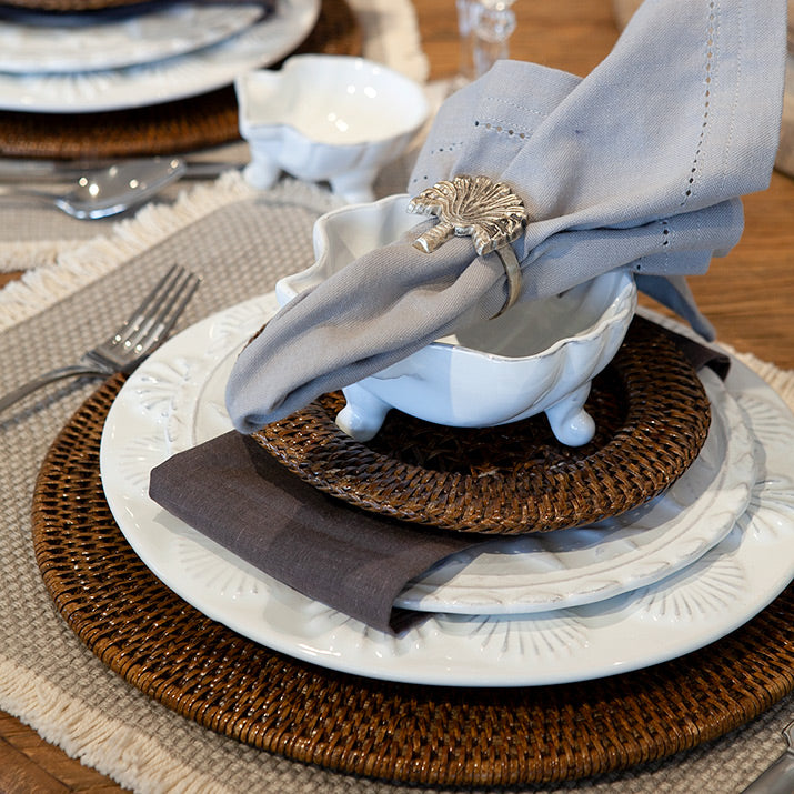 Close up of a tropical dinner setting.