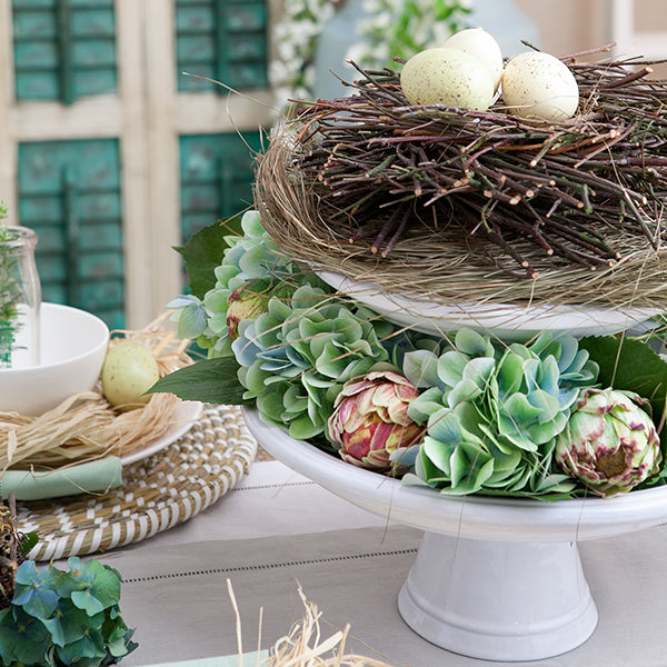 Easter themes floral stand.