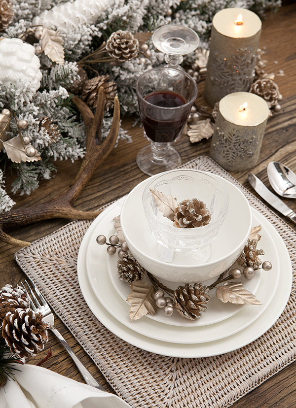 Christmas Table Settings | Alfresco Emporium Blog | Decorating ideas ...