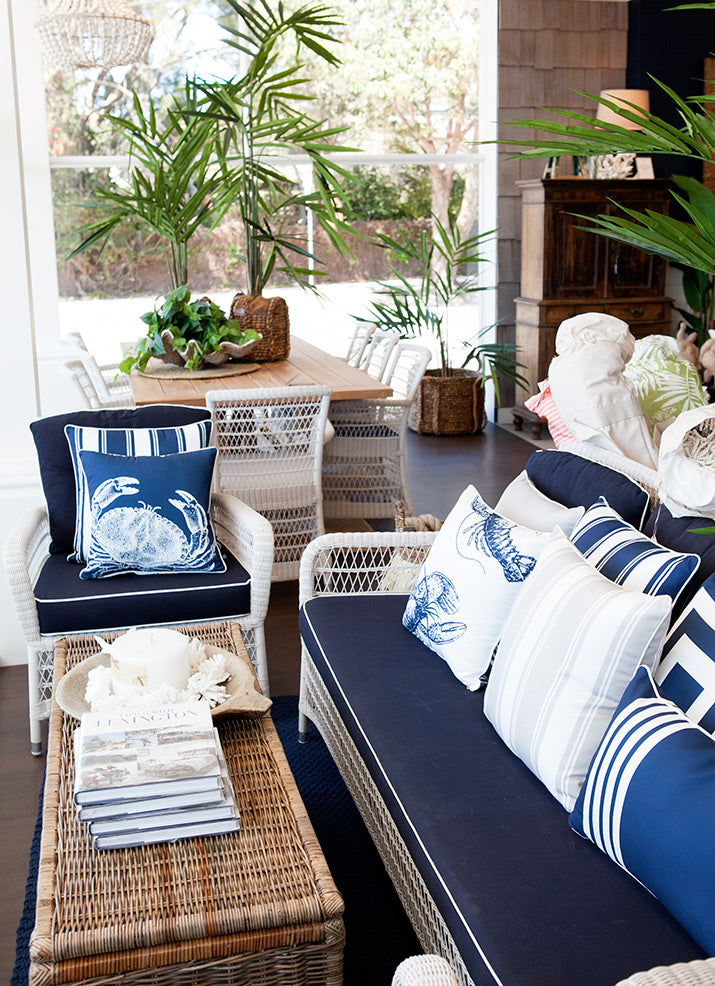 Outdoor seating in navy & white.