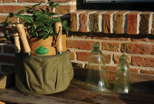 Load image into Gallery viewer, http://images.esellerpro.com/2278/I/143/792/GT05-round-bucket-bag-garden-toolbag-khaki-brown-2.jpg