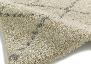 http://images.esellerpro.com/2278/I/117/479/royal-nomadic-shaggy-pile-diamond-rug-5413-champagne-close-up.jpg