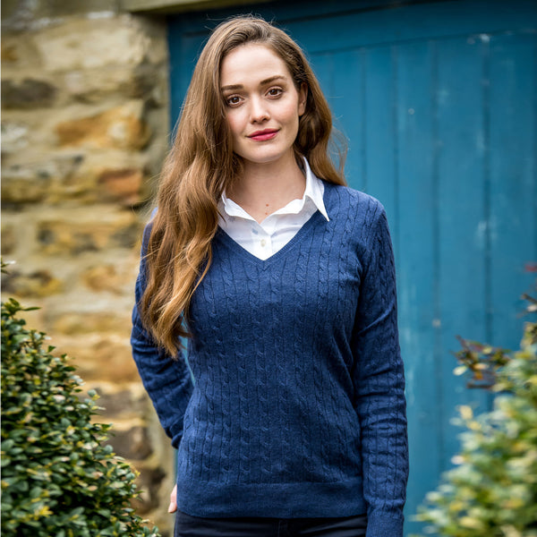 Cotton Cashmere Cable Knit V Neck Jumper (Indigo)
