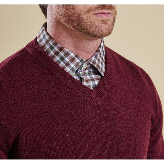 Essential Lambswool V Neck Jumper (Merlot)