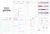 Deluxe Life Planner Printables(Black and White + Color) {76 Pages} + FREE Recipe Binders