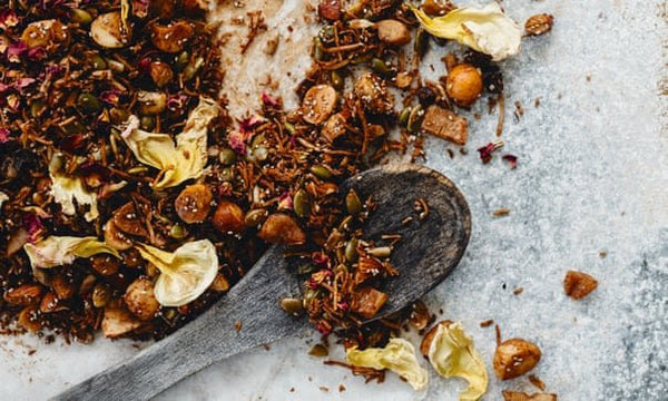 Warndu Mai's sandalwood, rose, boab and coconut granola recipe