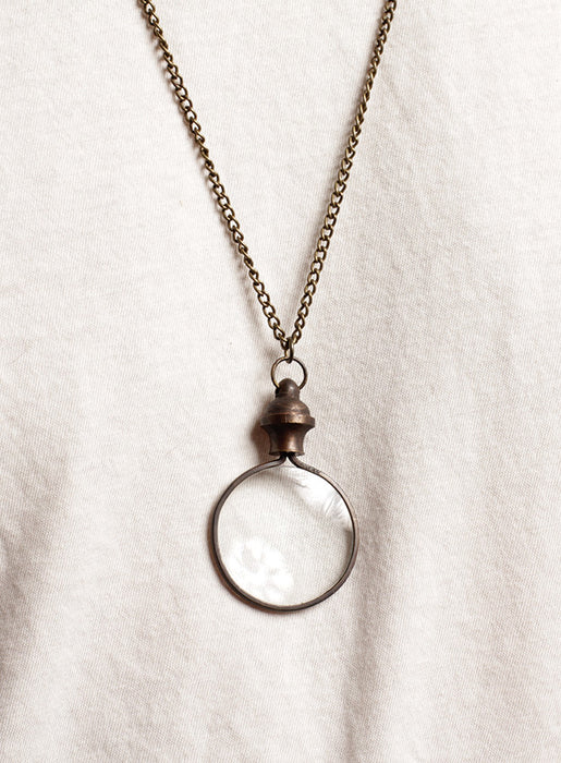 Magnifier glass necklace