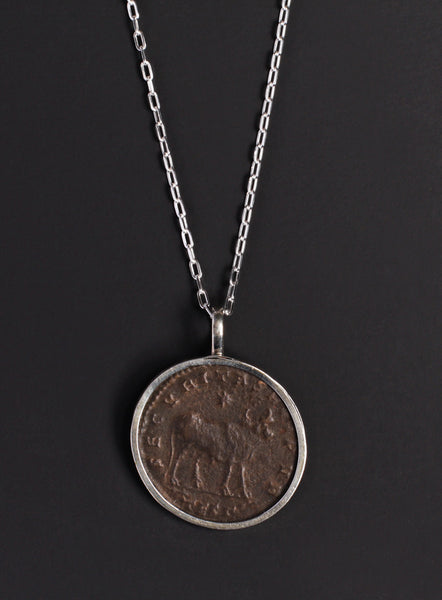 Bull of Aspis Silver Necklace for Men