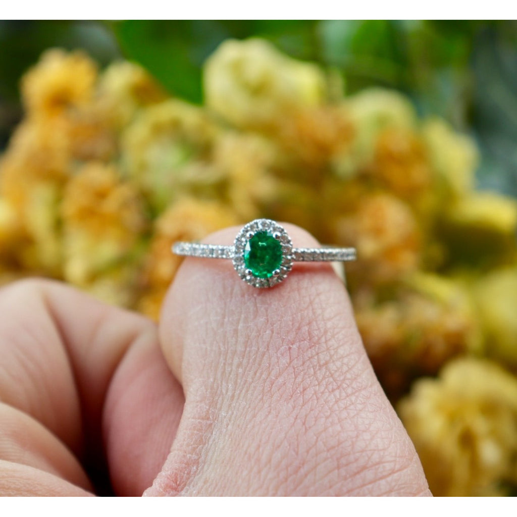 Fana Emerald Diamond Ring