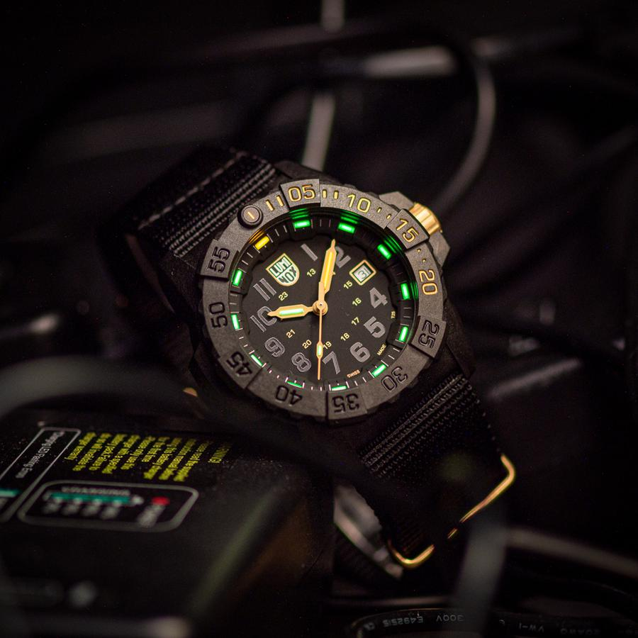 Luminox Navy Seal 3501 Gold