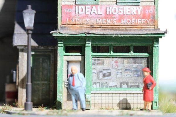 Ideal Hoisery - HO Scale Kit
