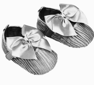 soft sole pre walking crib baby girls shoes silver party occassion baby girl shoes with large bow