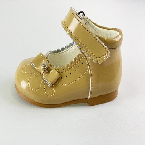 couche tot harriet camel shoes hard sold shoes caramelo kids