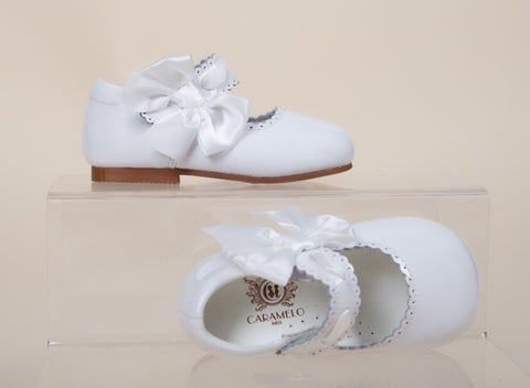 white caramelo kids hard sole leather shoes girls mary jane side bow