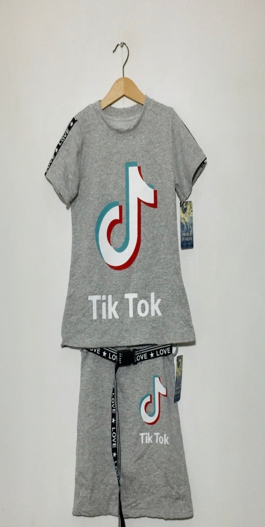 Girls Top and Skirt Set - Grey
