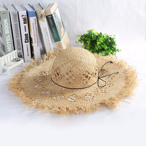 Fashionable Large Wide Brim Straw Beach Hats