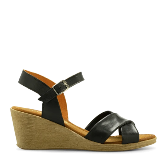 PAOLA sandals 2