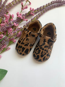 Cheetah Crib Shoes