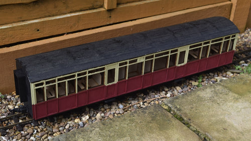 16mm Scale Ffestiniog Railway Composite Coach No.106/107