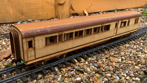 1:32 Scale SECR Continental 5 Compartment Saloon 1st Class Brake Coach