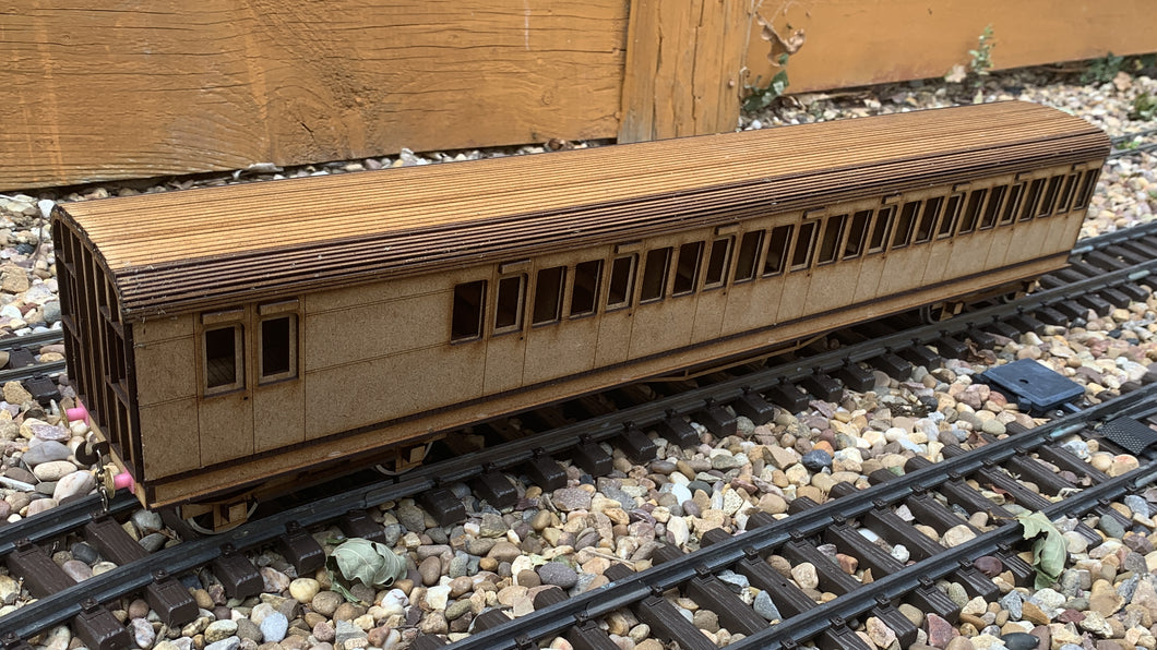 1:32 Scale SECR C Type 8 Compartment Brake Coach