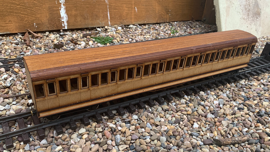 1:32 Scale SECR 100 Seater Coach - Matchboarded