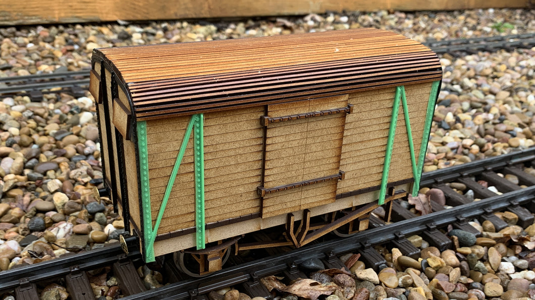 1:32 Scale SR 12 ton Covered Van (2+2 Planking)