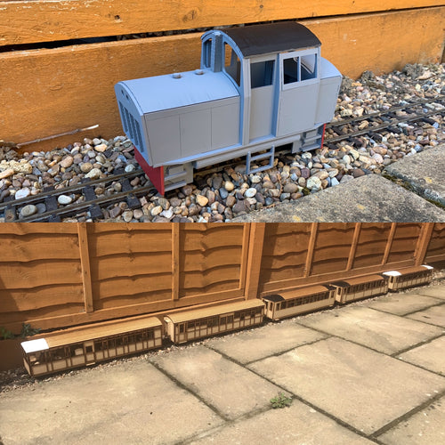 16mm Scale Conway Castle Modern Train Pack
