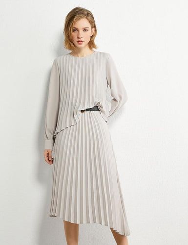 Pleated Solid Oneck Loose Blouse & Skirt Set